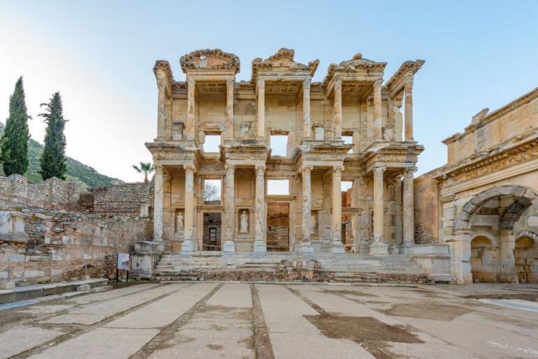 Ege'nin incisi İzmir'de görülecek 5 yer…