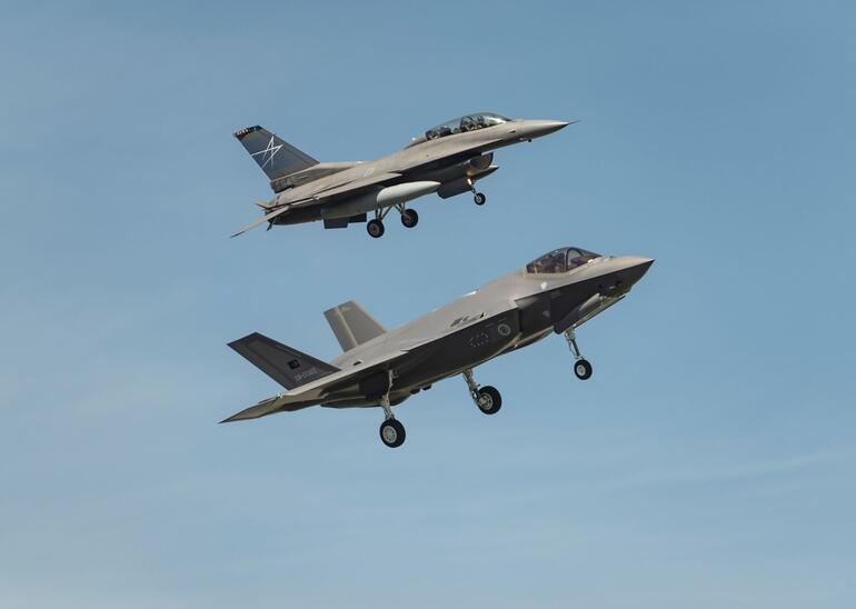Türk F-35âi ilk uçuÅunu yaptı... KonuÅlanacaÄı yer belli oldu