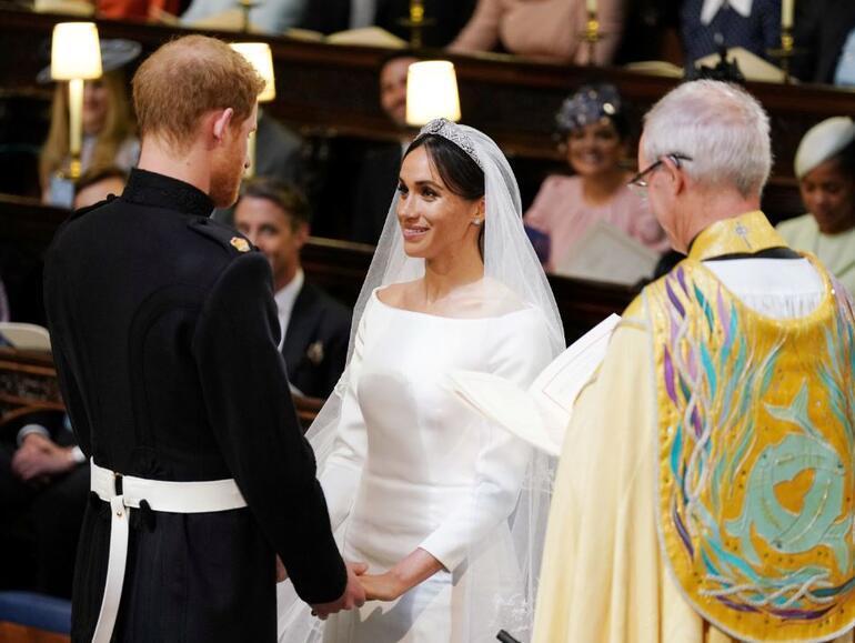 Yılın düğünü başladı Prens Harry ve Meghan Markle evlendi