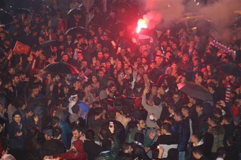 Kalecisi 4 penaltı kurtardı, Süper Lig bileti Erzurumsporun oldu