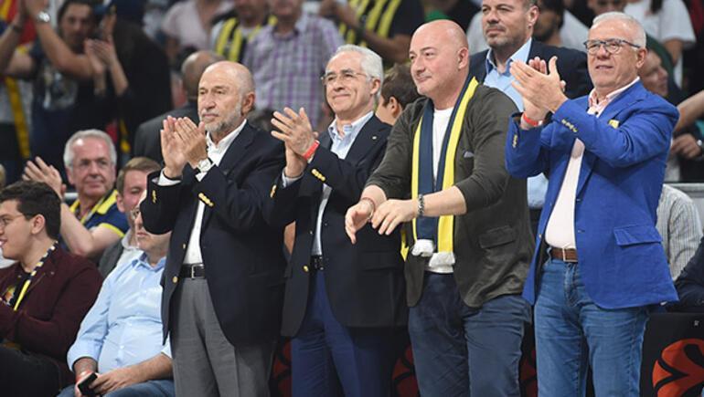Son dakika... Fenerbahçe, Euroleague finalinde Real Madride yenildi