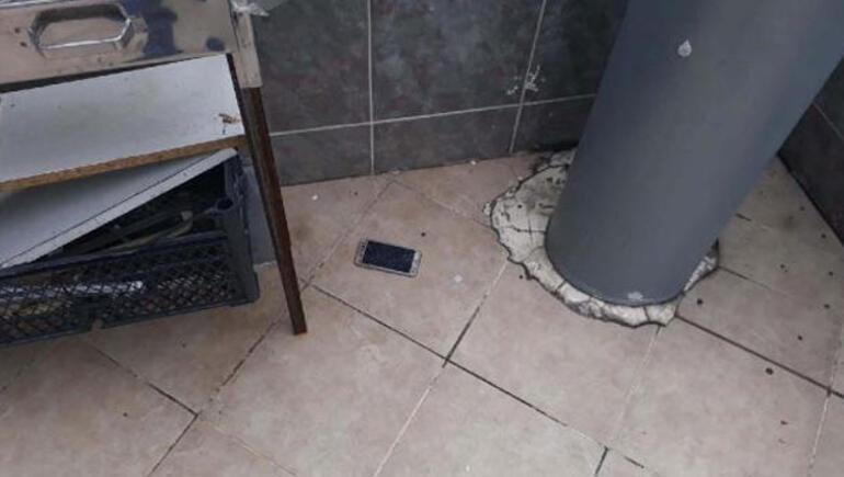 Polisi görünce cep telefonlarını pencereden attılar