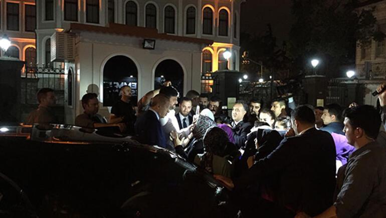 UBER açıklamasının ardından taksicilerden Cumhurbaşkanı Erdoğan'a sevgi gösterisi