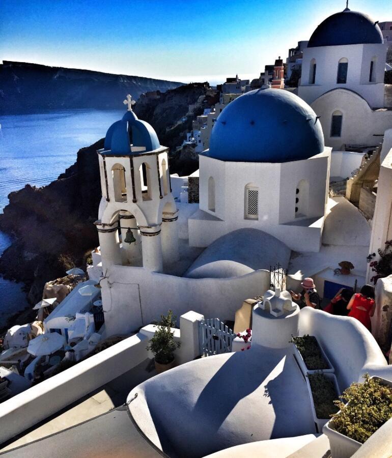 Güneşin en romantik battığı bir yer: Santorini