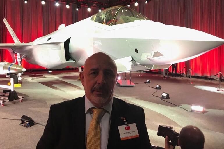 F-35ler teslim ediliyor... Törende dikkat çeken yazı