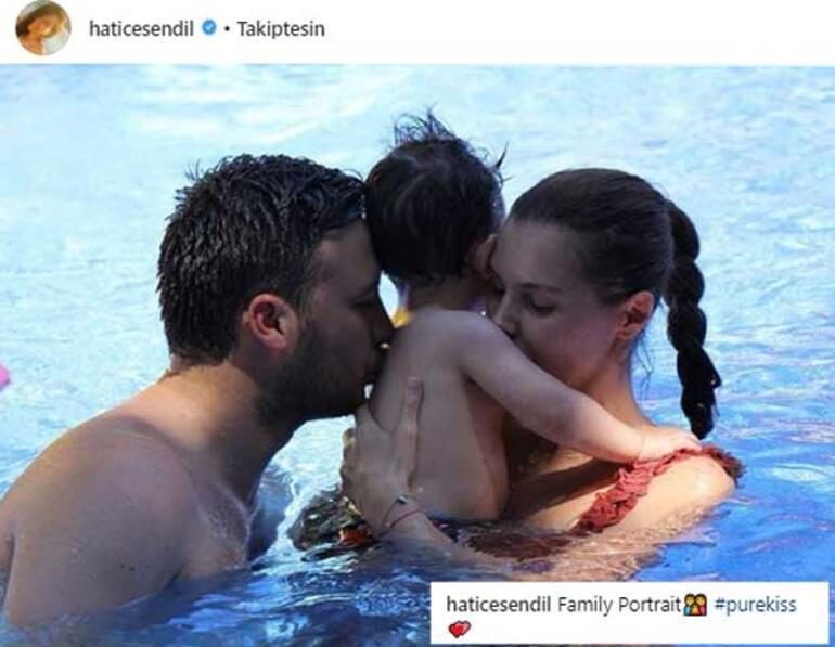 Havuzda aile pozu
