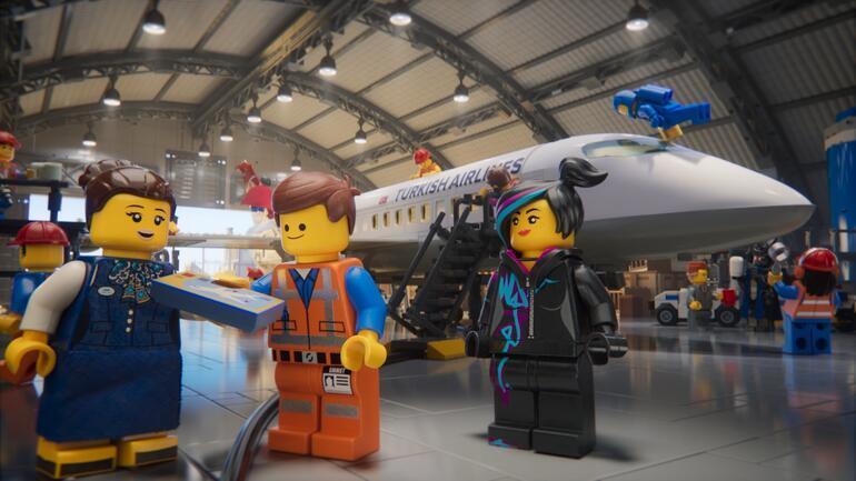 Lego karakterleri Türk Hava Yolları filminde