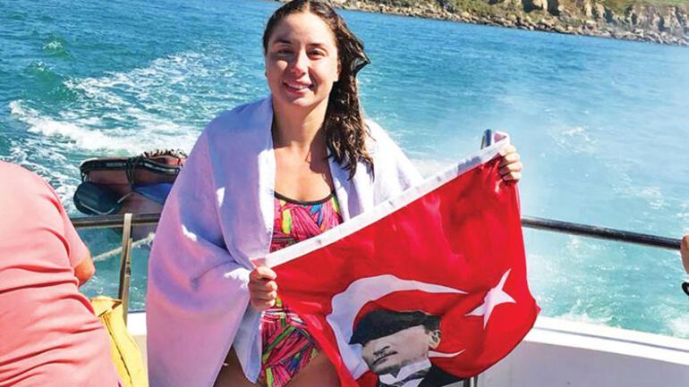 Manş Denizini yüzerek geçen Bengisu Avcı en genç Türk kadını oldu 3