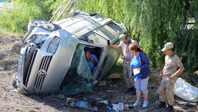 Gurbetçilere neler oluyor 5 günde 7 kaza, 2 ölü, 26 yaralı