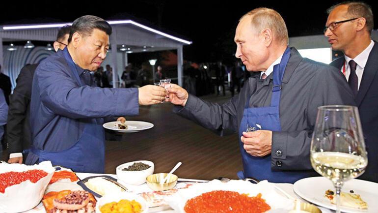 Rusya ve Çinden gövde gösterisi