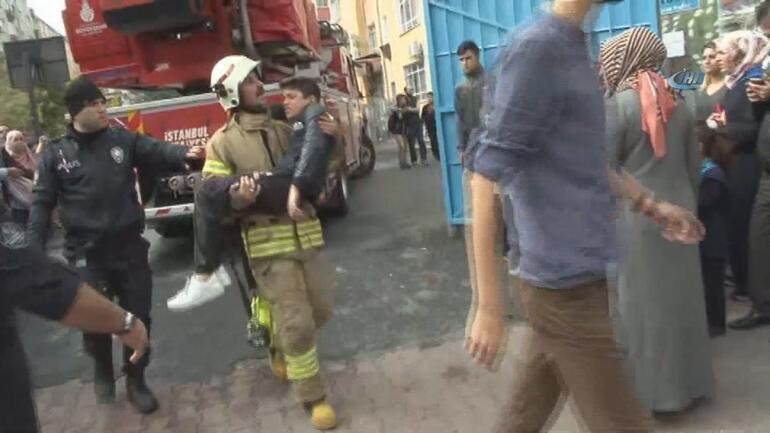 Son dakika... İstanbulda okulda yangın