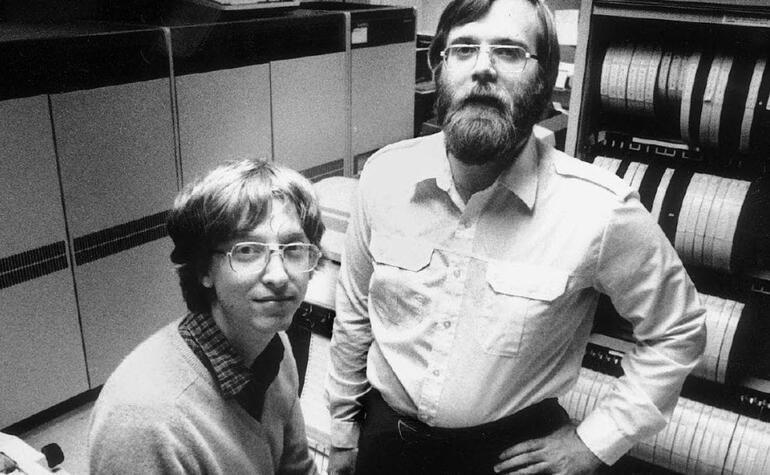 Son dakika... Microsoftun kurucu ortağı Paul Allen hayatını kaybetti