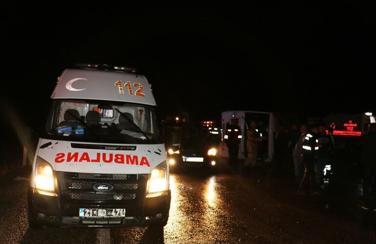 Son dakika... Yolcu otobüsü devrildi: Yaralılar var
