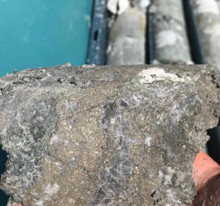 İzmir firması Avod dev maden rezervi buldu