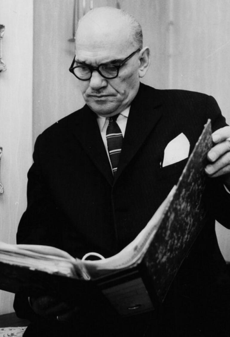 Süleyman Seba, MİT'te Komünizmle Mücadele Şubesi'nin önemli bir memuruydu