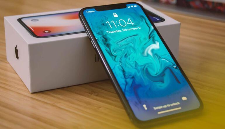 iPhone XS satışları kötü gidiyor, iPhone X geri dönüyor