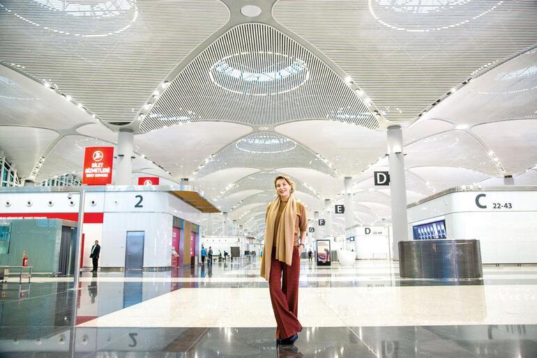Yeni havalimanını teftiş ettim
