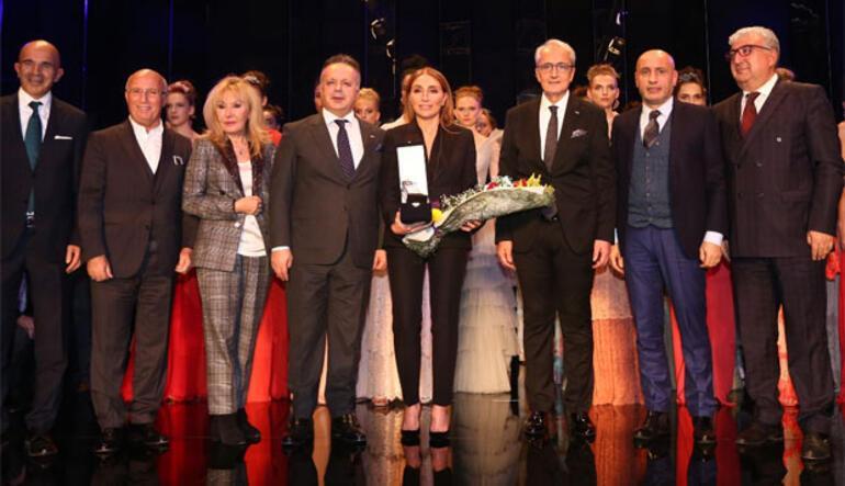 Dilek Haniften Fashionist gala gecesine özel defile