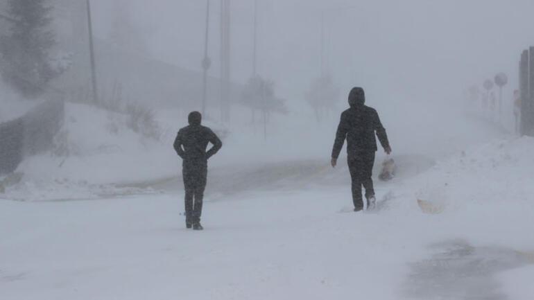 Uludağda kar kalınlığı 11 santimetreye ulaştı
