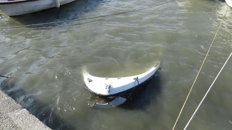 Silivride şiddetli fırtına: Dev dalgalar oluştu, tekneler suya gömüldü