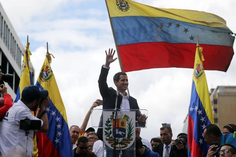 Son dakika Gerilim yükseliyor... Maduro süre verdi