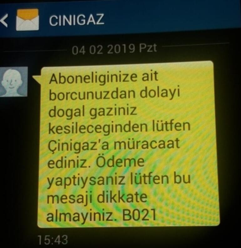 Borcunuz var mesajı vatandaşları sokağa döktü