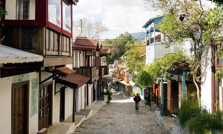 Seyahat için üç ayda harcanan para şaşırttı Türkiye İstatistik Kurumu açıkladı...