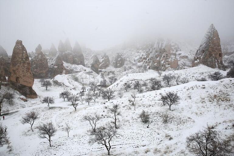 Baharda Kapadokyada kar güzelliği