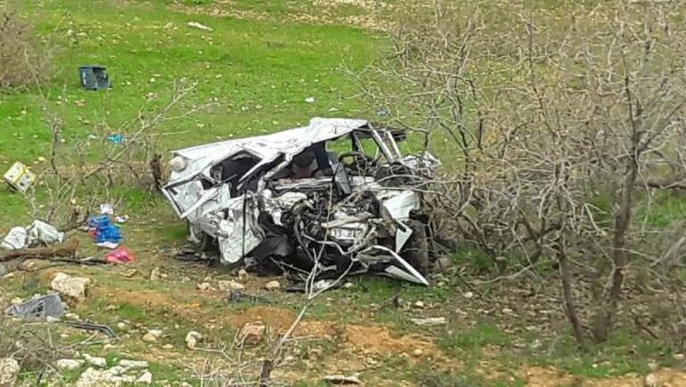 Diyarbakır - Bingöl kara yolunda feci kaza: Ölü ve yaralılar var