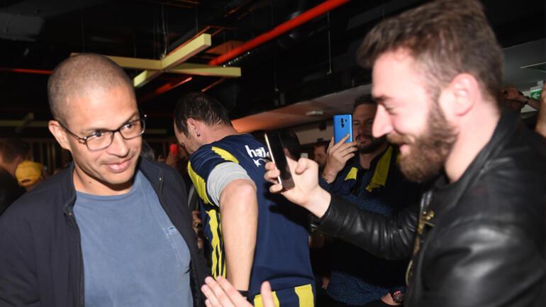 Alex de Souza açıkladı Fenerbahçe'ye sportif direktör...