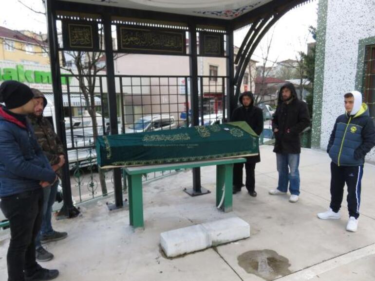İstanbulda dehşet Vurduğu eşini hastane önüne bırakıp kaçtı