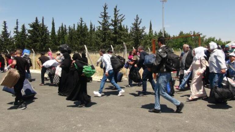 Öncüpınardan bayramlaşmaya giden Suriyeli sayısı 11 bin 500 oldu