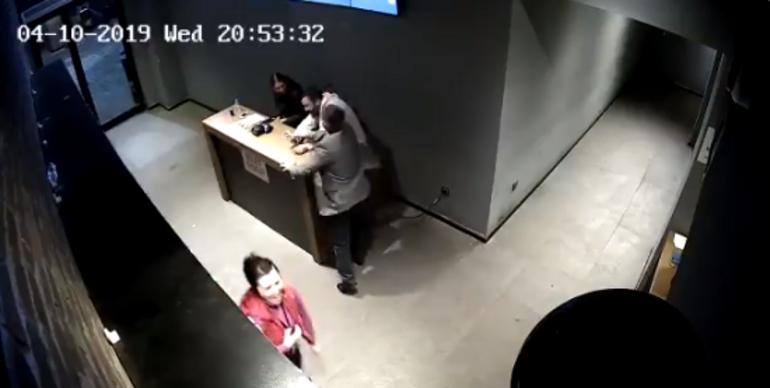 Son dakika... Beşiktaşta çalışanları darp eden eğlence mekanı sahibi gözaltına alındı