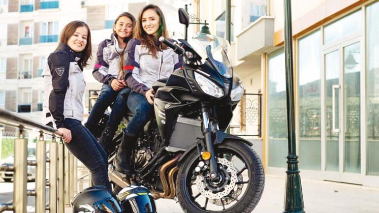 3 kız kardeş Venedik yolunda: Hayali kanseri de engeli de yendi