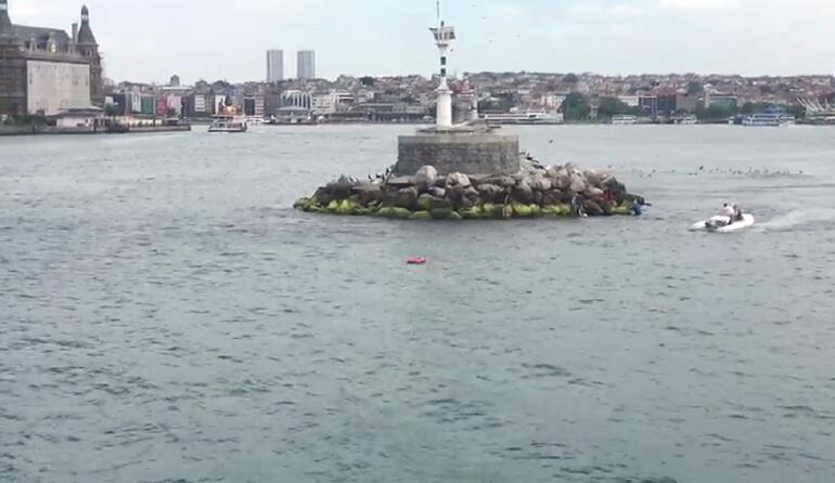 Son dakika: Kadıköyde can pazarı... Tekne devrildi