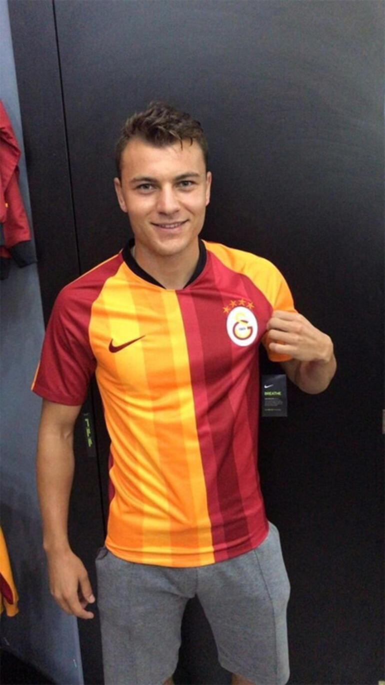 Yusuf Erdoğan, Galatasaray formasını giydi | Transfer haberleri...