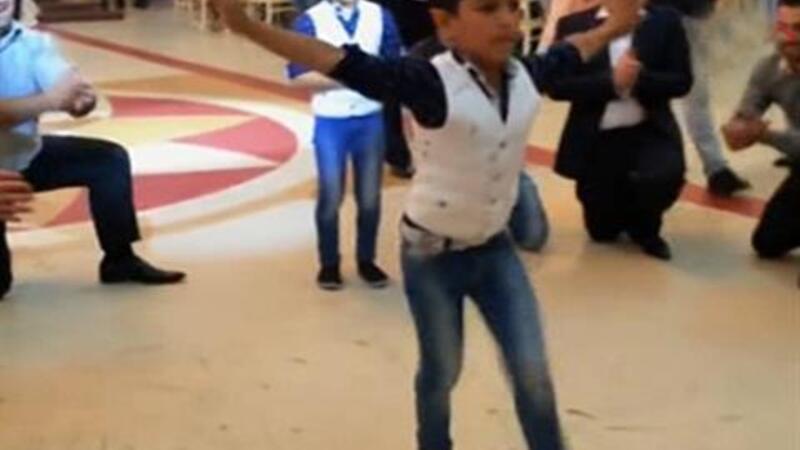çeçen dansı video izle