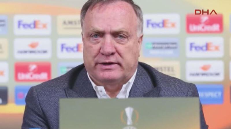 Fenerbahçe'de Teknik Direktör Dick Advocaat Krasnodar maçının ardından açıklamalarda bulundu