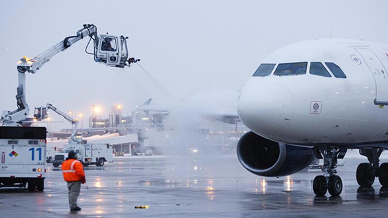 Kışın uçaklar nasıl uçuyor
