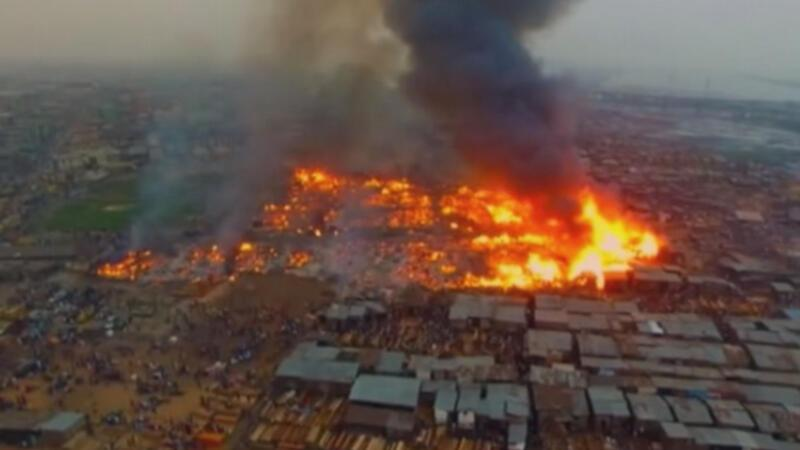 Nijerya'nın Lagos kentinde yangın