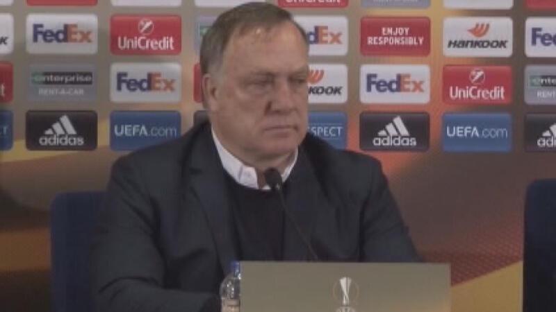 Fenerbahçe Teknik Direktörü Dick Advocaat'tan önemli açıklamalar