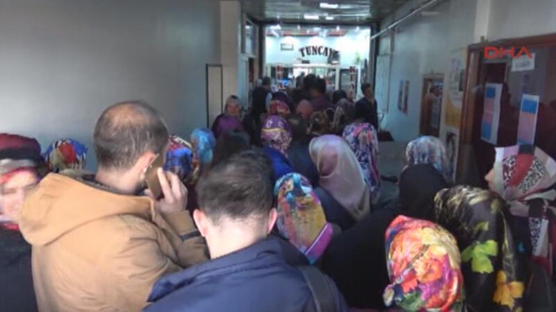 2 bin kişinin işe alınacağını duyan sıraya girdi