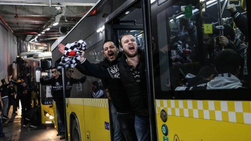 Beşiktaş taraftarı yola çıktı! İlkler yaşanacak...