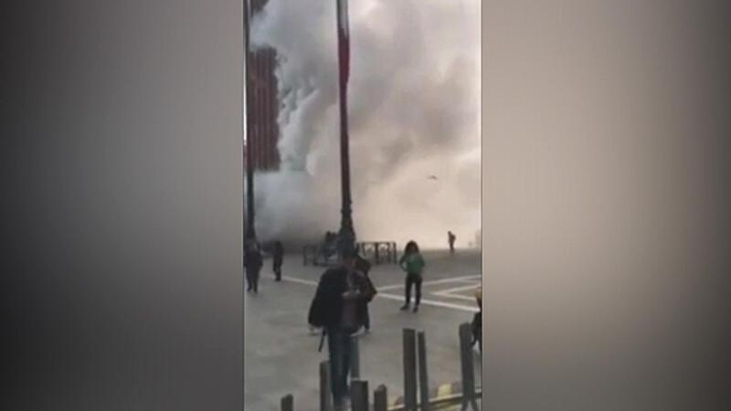 Venedik'te gaz bombalı mücevher soygunu