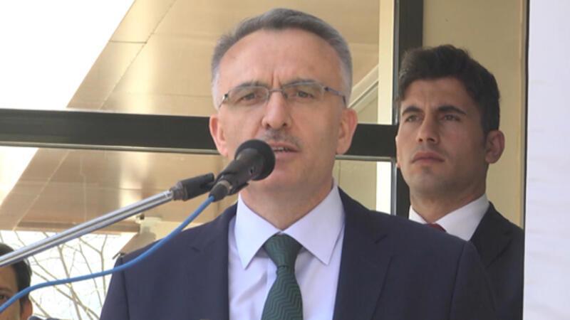 Naci Ağbal: Gelir İdaresi Başkanlığına 2 bin gelir uzman yardımcısı alacağız