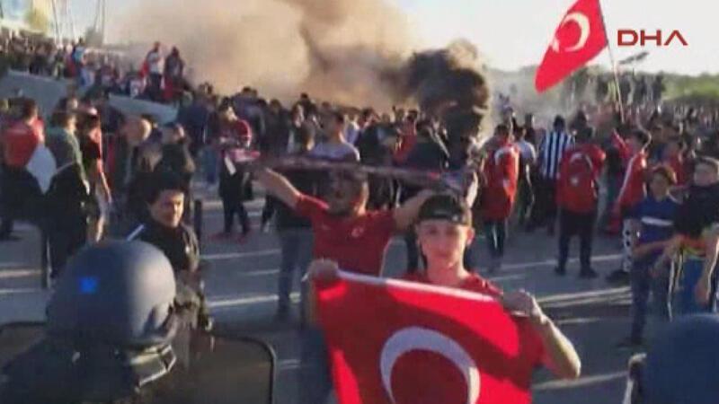 Beşiktaş taraftarına polis müdahalesi!