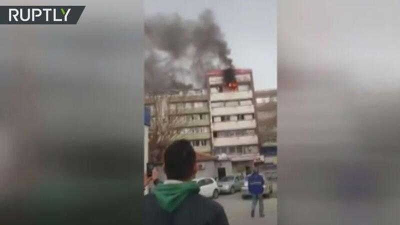Woman plunges to ground to escape hotel fire in Turkey's İzmir
