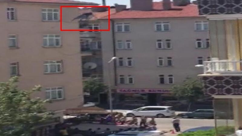 Sleeping Turkish man dies after fall from roof despite passersby's catch
