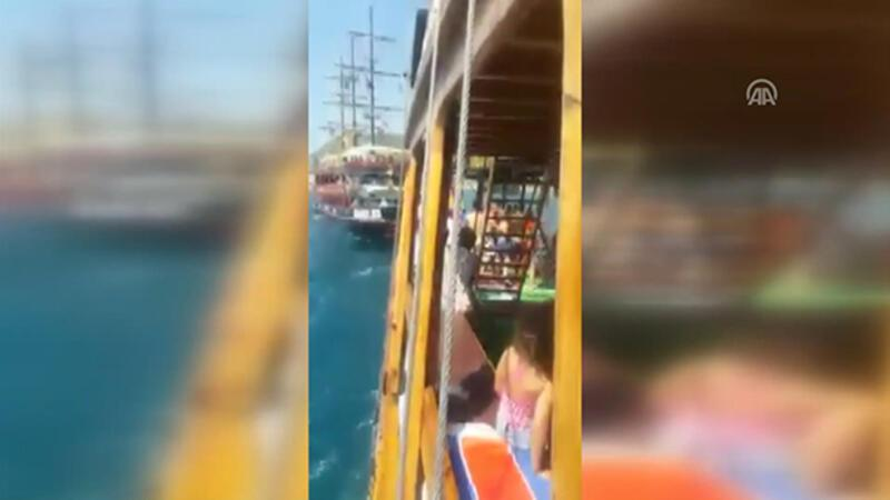 Turkish captains arrested for ramming tourist boats intentionally