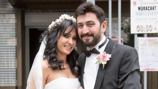 Ferman Toprak kendisine şantaj yapan Türkan K.'dan ayrılıp Hilal hanımla evlendi